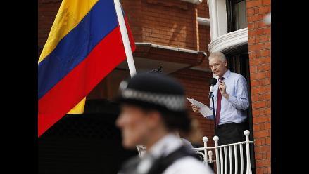 Assange pide fin de persecución y garantías de que no será extraditado