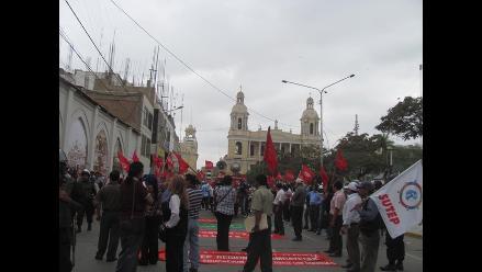 Manifestantes se apoderaron de las calles de Chiclayo