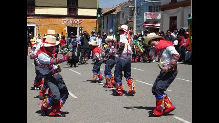 Mónica Porras incansable promotora del baile y cultura en Junín