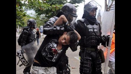 Cientos de estudiantes y trabajadores sindicales marcharon en Medellín
