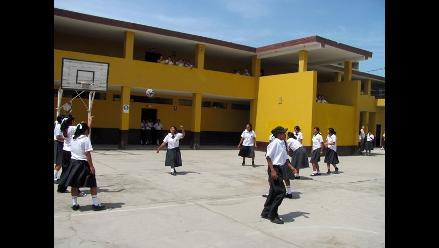 Chimbote: Padres enviarán a sus hijos al colegio pese a huelga