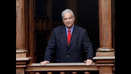 Feria del Libro Ricardo Palma rendirá homenaje a Antonio Cisneros