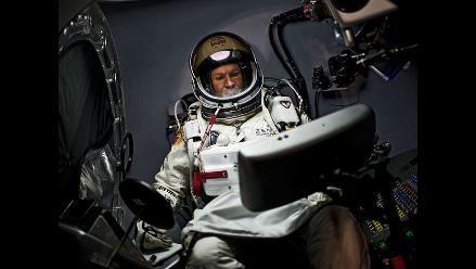 Felix Baumgartner intentará superar velocidad del sonido en caída libre