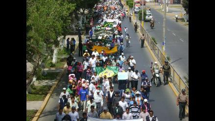Huaraz: Estudiantes de la UNASAM exigen la renuncia del rector