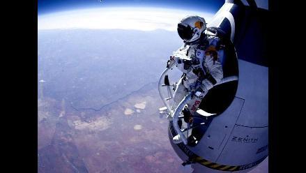 Salto de Felix Baumgartner es pospuesto por condiciones climáticas