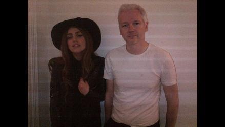 Lady Gaga visitó a Julian Assange en la embajada de Ecuador en Londres