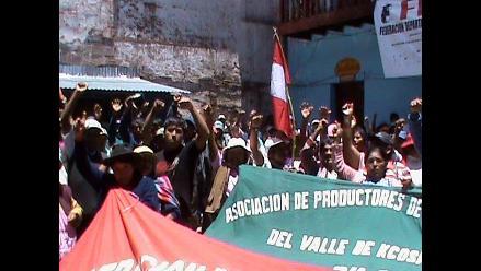 Tingo María: Cocaleros inician protesta de 48 horas contra erradicación