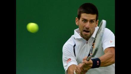 Novak Djokovic supera a Tomy Haas y se clasifica a semis en Shanghai