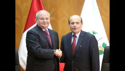 Ministro de Defensa se reunió con presidente de la Confiep