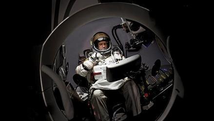 Baumgartner intentará hoy su salto estratosférico