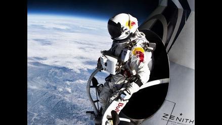 FOTOS: El espectacular salto desde 39.068 metros de altura de Baumgartner