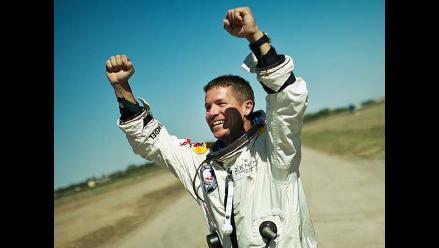 Felix Baumgartner creyó que iba a perder el sentido durante el salto
