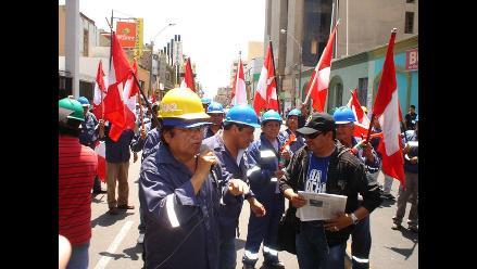 Ica: Mineros de Marcona exigen aumentos salariales