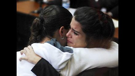 Liliana Castro visita a Eva Bracamonte en penal de Chorrillos