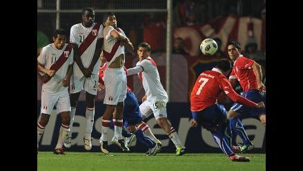 Chile jugará amistoso ante Serbia pensando en enfrentar a Perú
