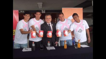 Jugadores de Alianza Lima se unen a la Liga contra el Cáncer