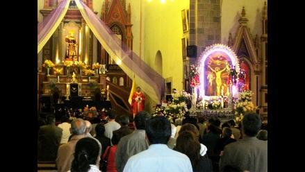 Cusco: Arzobispo presidió misa de fiesta del Señor de los Milagros