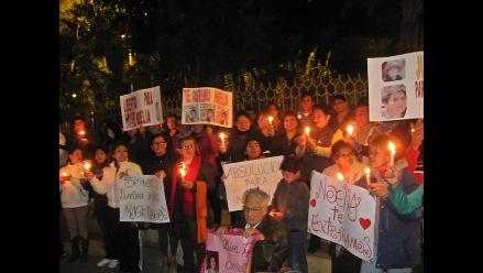 Chiclayo: Con vigilia exigen liberación de detenida en Ayacucho
