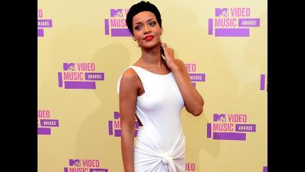 Rihanna y Chris Brown disfrutaron juntos de una fiesta