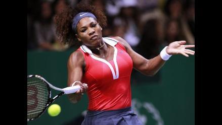 Serena Williams gana de nuevo y se acerca a semifinales del Masters
