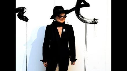 Yoko Ono ayuda a jóvenes sin recursos de una universidad de Liverpool
