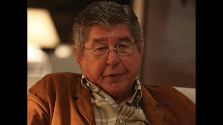 Bryce Echenique recibe Premio FIL de Literatura en Lima tras polémica
