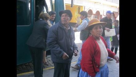 Invocan a alcaldes a incluir a Arequipa en Pensión 65