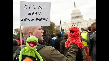 Los Muppets y Plaza Sésamo marcharon frente al Congreso de EEUU