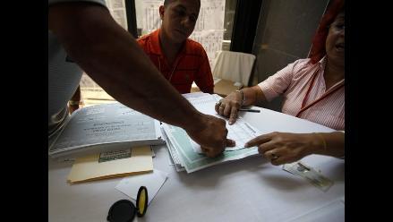 Abren las primeras mesas de votación en EEUU