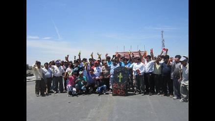 Piura: Carretera a Sechura continúa bloqueada por pescadores