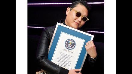 PSY recibe certificado de récord Guinness por su Gangnam Style