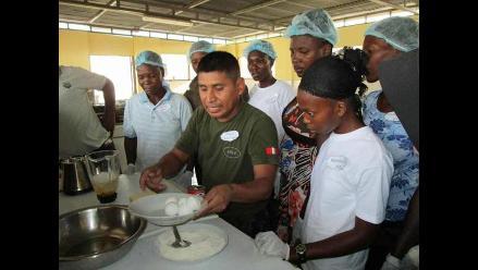 Cascos Azules enseñan gastronomía peruana en Haití