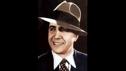 Carlos Gardel, cantante, actor y estafador, según nueva investigación