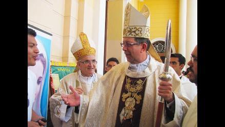 Chiclayo: Nuncio apostólico dice que se puede adecuar estatutos de PUCP