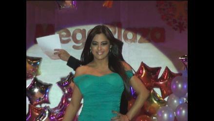 Larissa Riquelme: ´Si me proponen trabajar en Perú, acepto encantada´