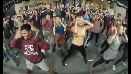 Elenco de ´The Big Bang Theory´ sorprende con un flashmob