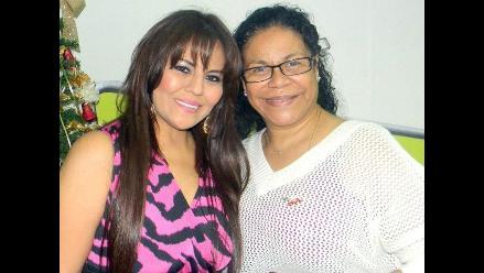 Eva Ayllón y Dina Paúcar cantaron juntas