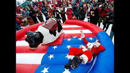 Competencias de Papá Noeles calientan el frío invierno en Suecia