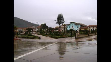 Intensa granizada acompañada de tormenta eléctrica soportó Huamachuco