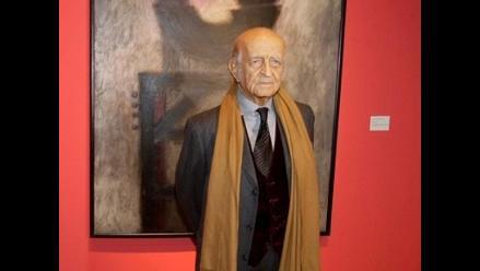 Fernando de Szyszlo es premiado por aportes a la creatividad