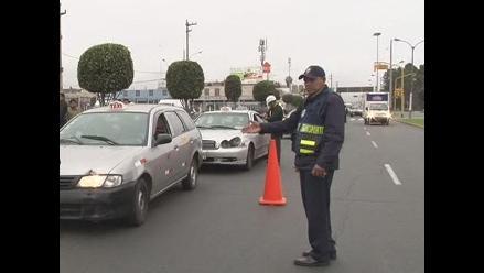 Callao insiste en inscribir a taxistas pese a reclamo de Lima