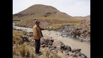 Puno: Evalúan daños por derrame de relaves de minera Arasi