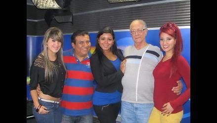 El grupo Son Tentación visita la cabina de Los Chistosos