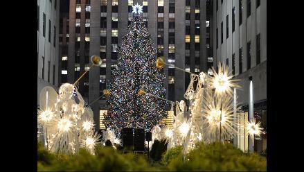 Árbol del Rockefeller da la bienvenida a la Navidad en Nueva York