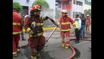 Bomberos de Chiclayo piden reubicación de su cuartel general