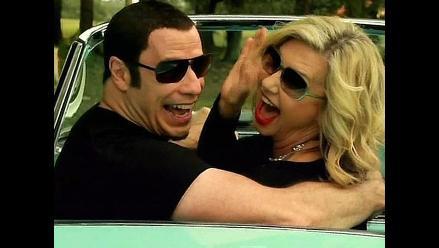 John Travolta y Olivia Newton-John recrean ´Grease´ en musical navideño