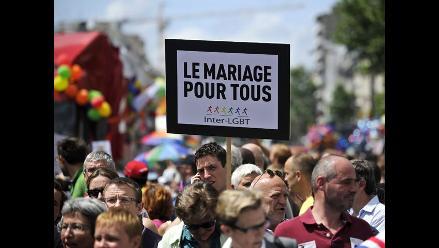 Francia: Protestan contra proyecto de ley de matrimonio homosexual