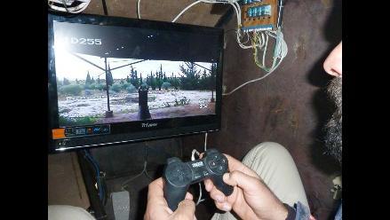 Vehículo blindado construido por rebeldes sirios