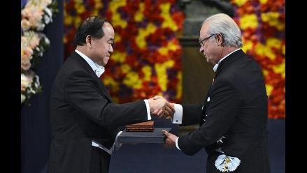 El novelista chino Mo Yan recibe el Premio Nobel de Literatura