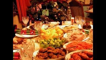 Cinco consejos para evitar malestares en la cena navideña
